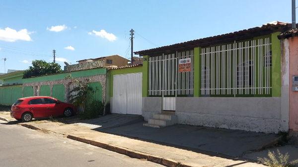 CASA PADRÃO VILA